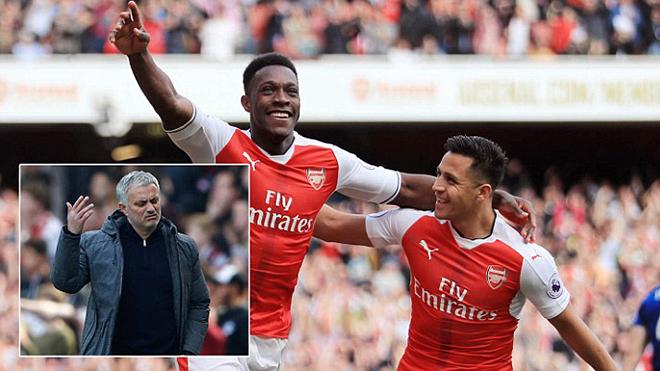 Arsenal 2–0 Man United: Wenger chặn đứng chuỗi bất bại của Mourinho
