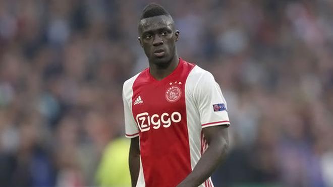 CHUYỂN NHƯỢNG ngày 21/5: Sao Tottenham được 'mở cửa' tới Man United. Real đầu tư vào tài năng Ajax