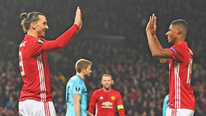 Ibra cứ việc dưỡng thương, Man United cứ để Rashford lo