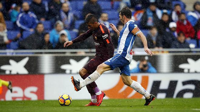 Espanyol 1-1 Barcelona: Thủy chiến bất phân thắng bại