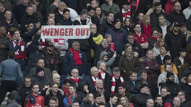 Arsenal thua trận, CĐV đếm ngày chia tay Wenger