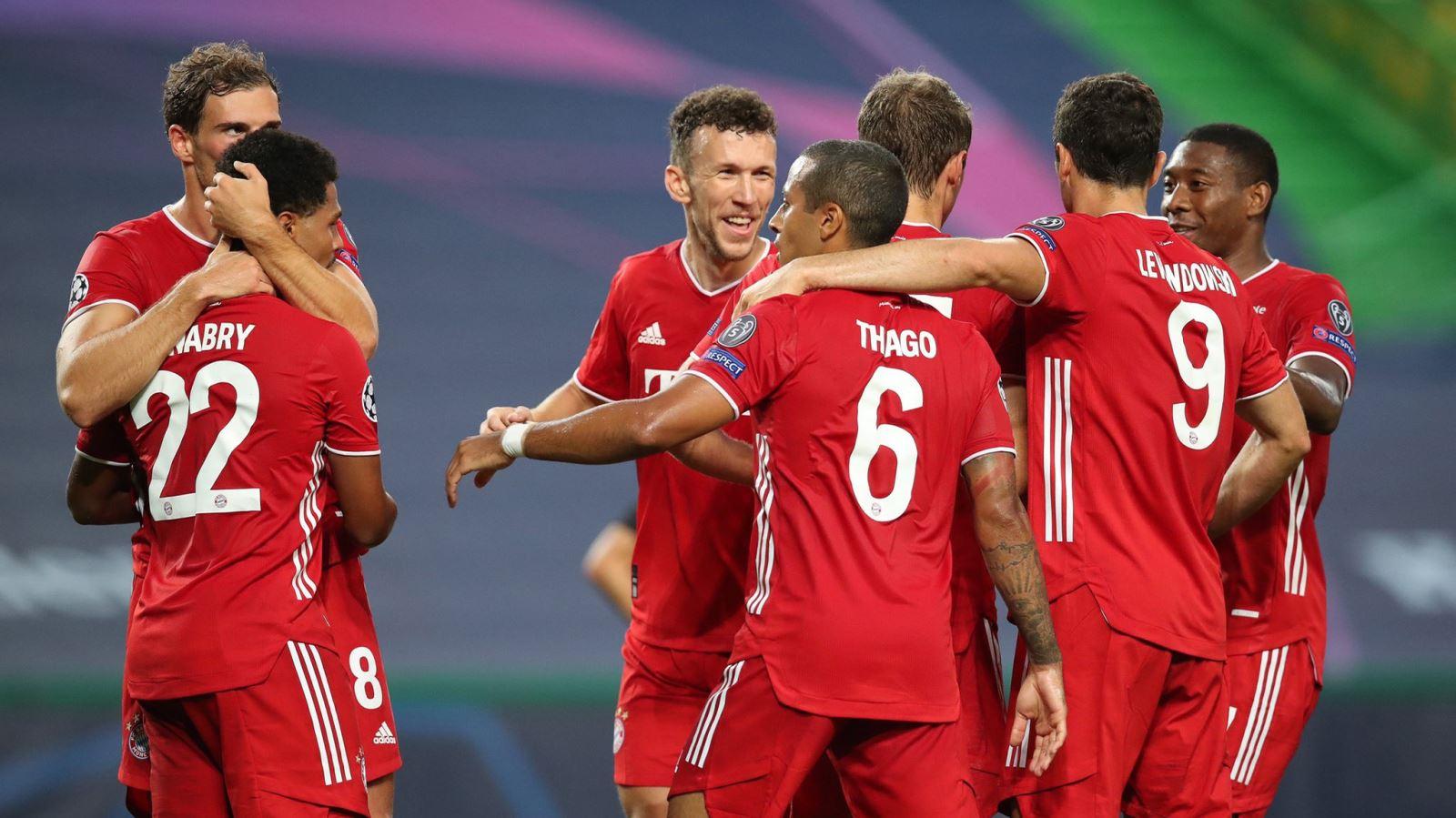 Lyon 0-3 Bayern Munich: Gnabry và Lewandowski rực sáng, Bayern gặp PSG ở chung kết