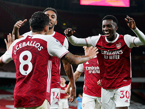 Arsenal 2-1 West Ham: Nhọc nhằn 3 điểm nhờ sao trẻ