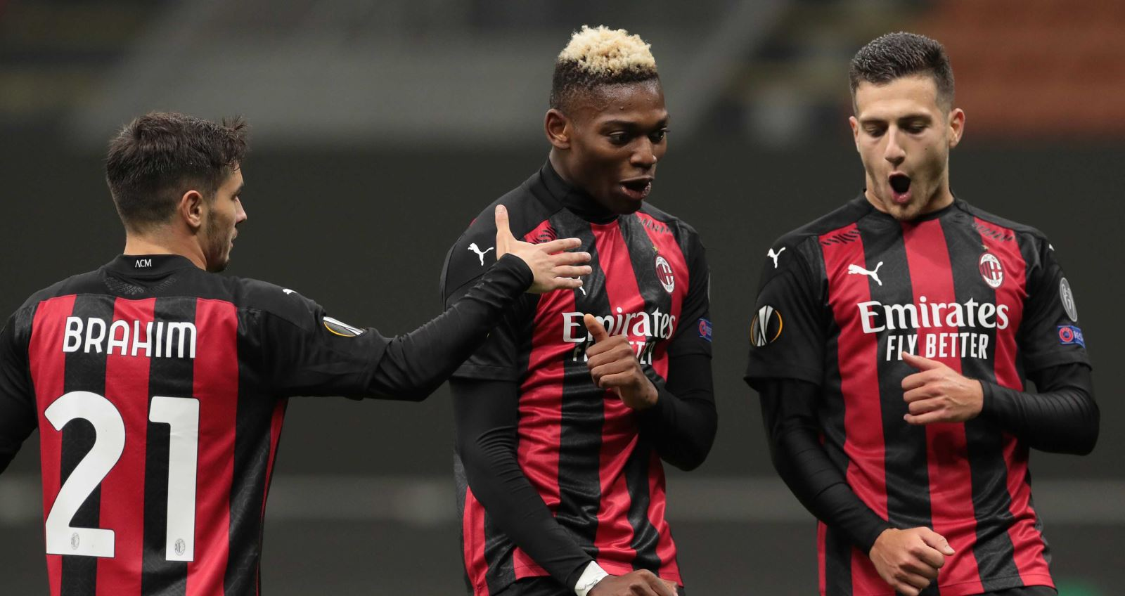 Cúp C2, Kết quả bóng đá cúp C2, Arseanl và AC Milan thắng, Tottenham thua, kết quả vòng bảng europa League, kết quả bóng đá hôm nay, tin tức bóng đá, europa league