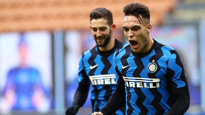 Inter 6-2 Crotone: Lautaro Martinez lập hat-trick giúp Inter ngược dòng tưng bừng