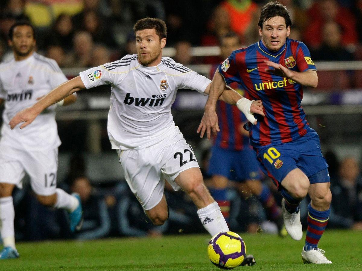 VIDEO: Không phải Ramos hay Marcelo, Alonso mới 'khổ' nhất khi gặp Messi