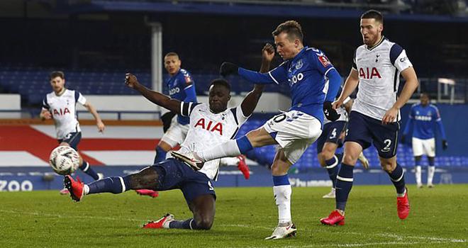 FA Cup, ket qua cup FA, ket qua bong da Anh, Man City 3-1 Swansea, Everton 5-4 Tottenham, kết quả bóng đá hôm nay, kết quả ngoại hạng Anh, tin tức bóng đá Anh