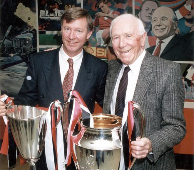 Sir Alex Ferguson: Nhà Glazer đang vượt quá giới hạn nếu tham gia Super League