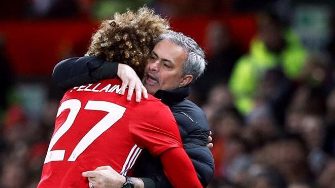 Bóng đá hôm nay 11/4: Solskjaer 'nắn gân' cầu thủ MU. Mourinho muốn tái hợp Fellaini