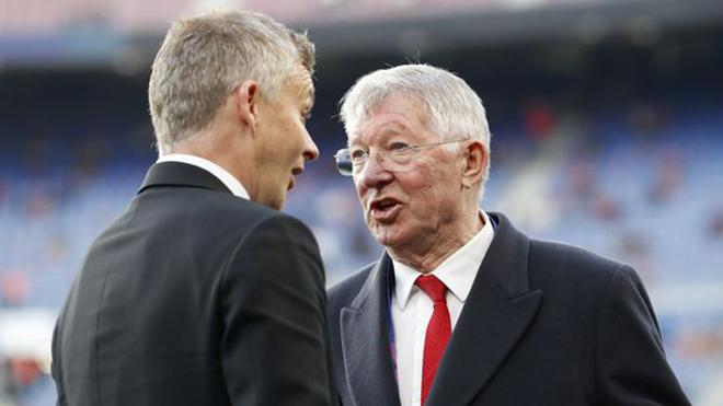 Sir Alex Ferguson: 'Nhà Glazer đang vượt quá giới hạn nếu tham gia Super League'