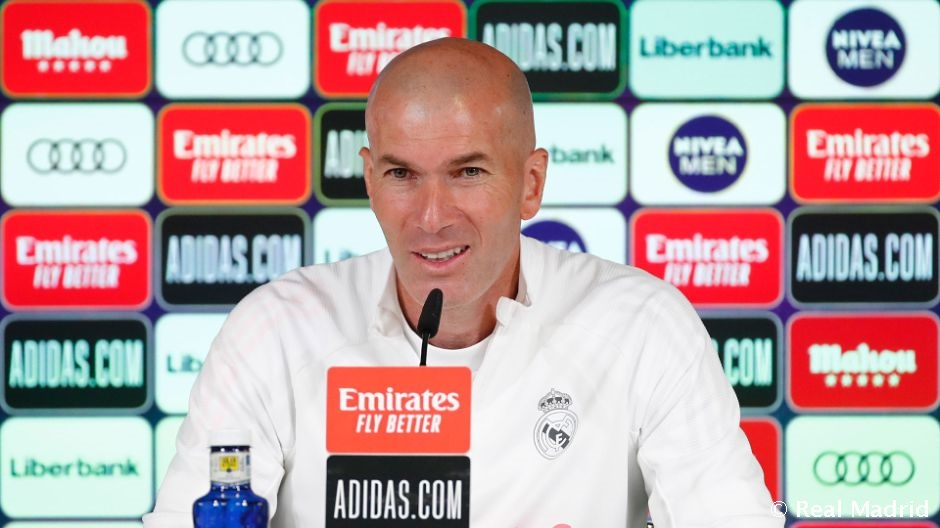 Zidane từ chối nói về tương lai tại Real Madrid