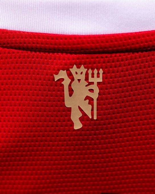 MU, chuyển nhượng MU, tin bong da MU, áo đấu mới MU, tin tức bóng đá Anh, Varane, Pogba, Sancho, chuyển nhượng Man Utd, lịch thi đấu bóng đá hôm nay, tin bong da