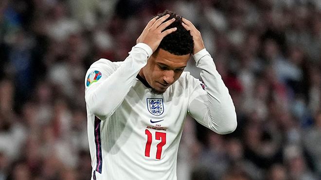 Bóng đá hôm nay 5/9: Sancho gặp chấn thương, trở lại MU. FIFA bị UEFA và cầu thủ chỉ trích