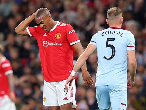 MU 0-1 West Ham: Dùng đội hình hai, Quỷ đỏ tạm biệt Cúp Liên đoàn