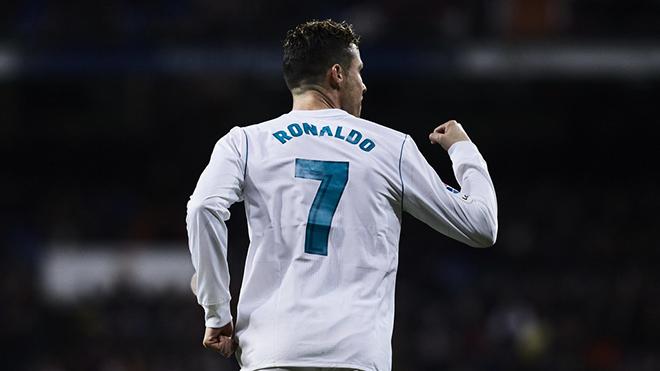 Bài toán khó cho Real: Ai sút phạt và kế thừa áo số 7 của Cristiano Ronaldo?