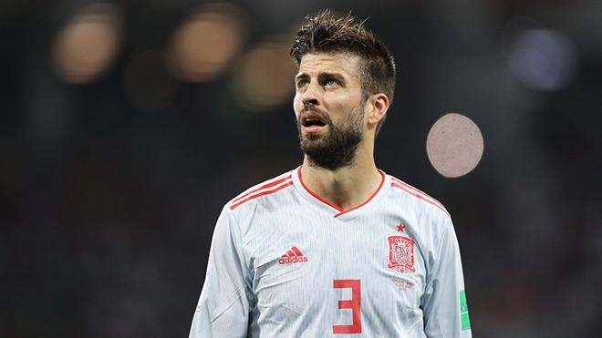 Tây Ban Nha khó tiến xa với hàng thủ ngờ nghệch thế này