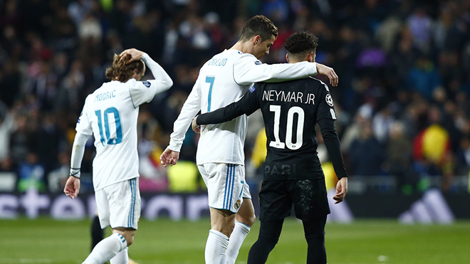 Cristiano Ronaldo khó hiểu khi Real Madrid quyết tâm chiêu mộ Neymar