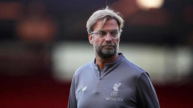 Juergen Klopp văng tục khi được hỏi về cơn mua sắm điên rồ của Liverpool
