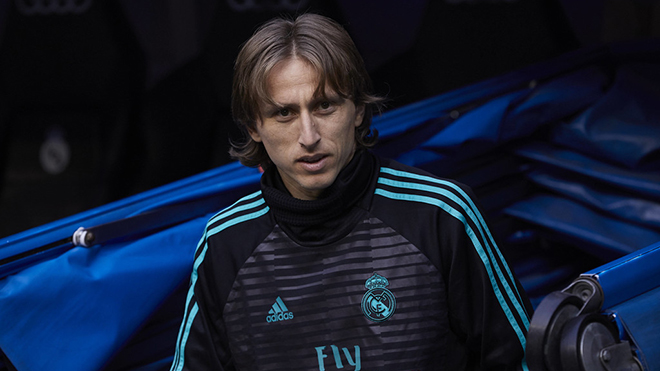 Luka Modric quyết định ở lại Real Madrid, nhận lương khủng như Ramos