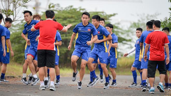 U23 Việt Nam mặc áo đỏ, tự tin đối đầu Pakistan