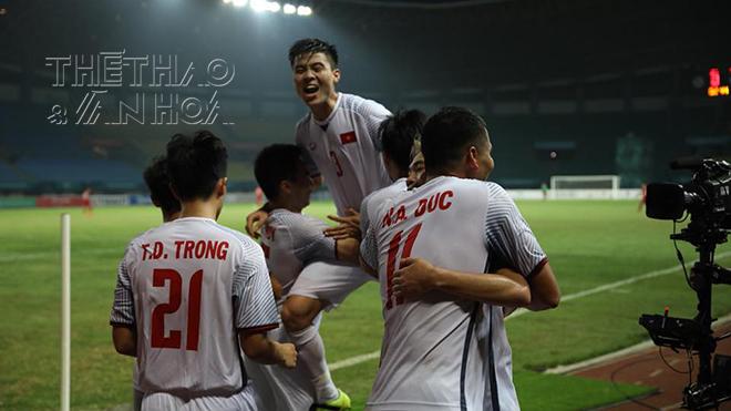 Anh Đức định cởi áo ăn mừng trước thềm 'bàn thắng vàng' của U23 Việt Nam