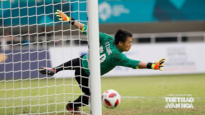 HLV Đặng Phương Nam: 'U23 UAE đã biết khai thác điểm yếu bắt phạt đền của Bùi Tiến Dũng'