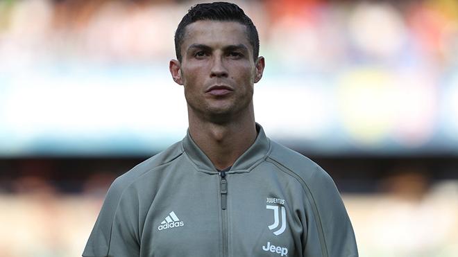 Ronaldo yêu cầu Juventus tăng cường thêm 3 vệ sĩ