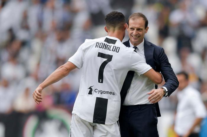 Kết quả bóng đá, trực tiếp bóng đá Italia, Video clip Empoli 1-2 Juventus, Empoli vs Juve, Ronaldo lập cú đúp, Ronaldo lập siêu phẩm, Juve lội ngược dòng.