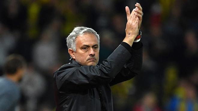 Jose Mourinho hết lời khen Juventus, tranh thủ 'đá xéo' BLĐ M.U