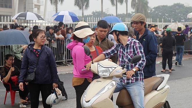 Vé ''chợ đen'' trận Việt Nam vs Malaysia đội giá 9 lần