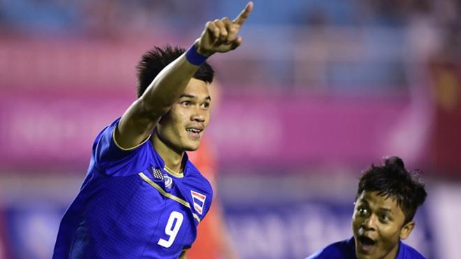 Adisak Kraisorn, tiền đạo Thái ghi 6 bàn vào lưới Timor Leste là ai?
