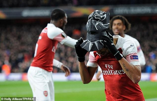 Kết quả Arsenal vs Rennes, video clip Arsenal 3-0 Rennes, kết quả cúp C2 châu Âu, kết quả bóng đá, ket qua bong da, kqbd, Aubameyang ăn mừng, Black Panther, thẻ vàng