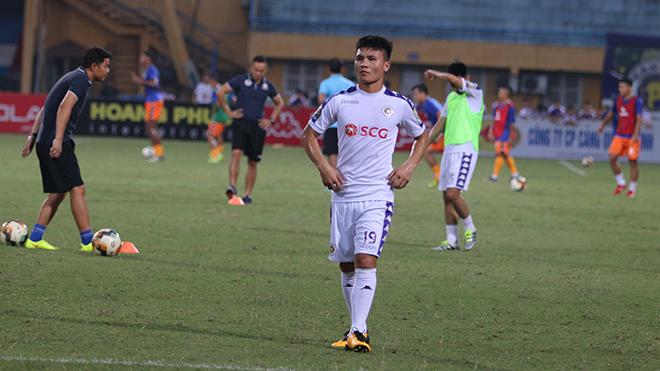 HLV trưởng Hà Nội FC: 'Quang Hải mới nhổ răng nên được cho nghỉ'
