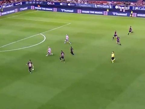 VIDEO bóng đá: Khó tin với pha phản công 6 vs 2 nhưng vẫn không ghi bàn ở La Liga