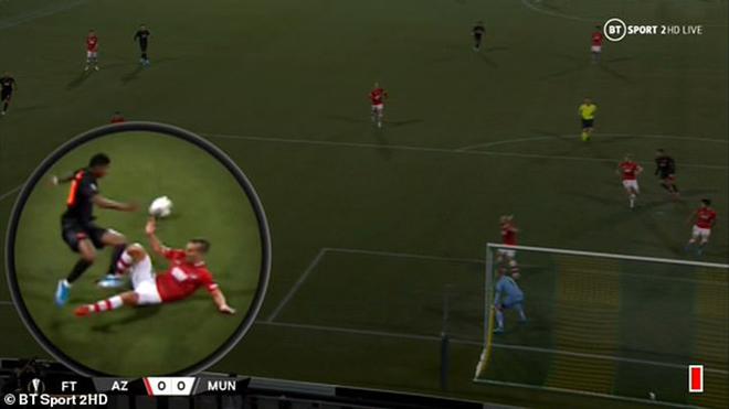 Ket qua bong da hôm nay, tin tức bóng đá, MU vs AZ Alkmaar, kết quả bóng đá, AZ Alkmaar đấu với MU, MU 0-0 AZ Alkmaar, ket qua cup C2, ket qua MU, Owen, Ole Solskjaer