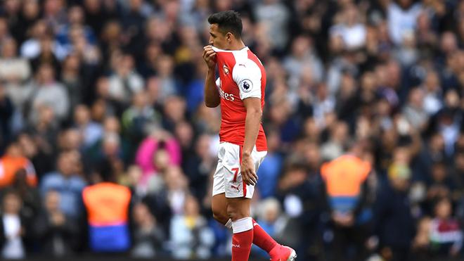Bayern Munich chuẩn bị có lời đề nghị khủng cho Sanchez, Arsenal khó giữ người
