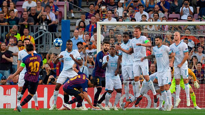 Messi lập siêu phẩm đá phạt: 'Với Messi, đá phạt là penalty và penalty là đá phạt'
