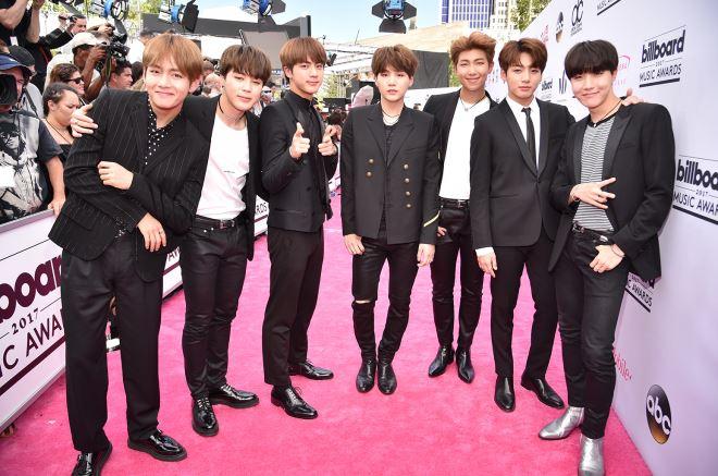 BTS soán ngôi 'ông vua mạng xã hội' của G-Dragon